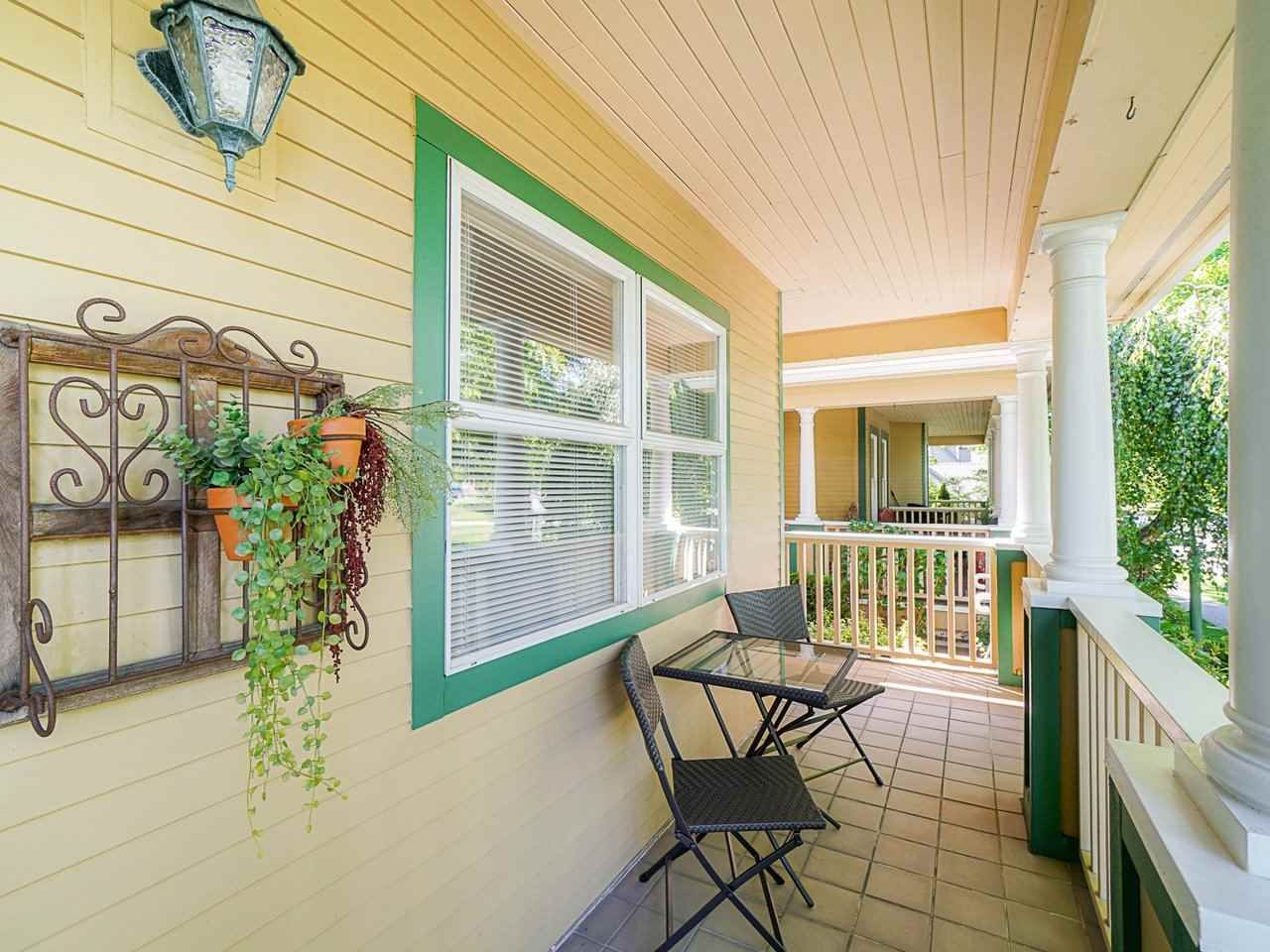 """Photo 6: Photos: 4 235 E KEITH Road in North Vancouver: Lower Lonsdale Townhouse for sale in """"Carriage Hill"""" : MLS®# R2471169"""