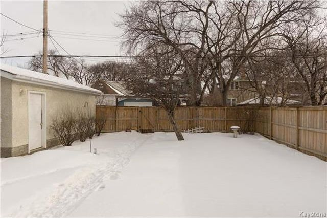 Photo 19: Photos: 155 Bourkevale Drive in Winnipeg: Bruce Park Residential for sale (5E)  : MLS®# 1801514