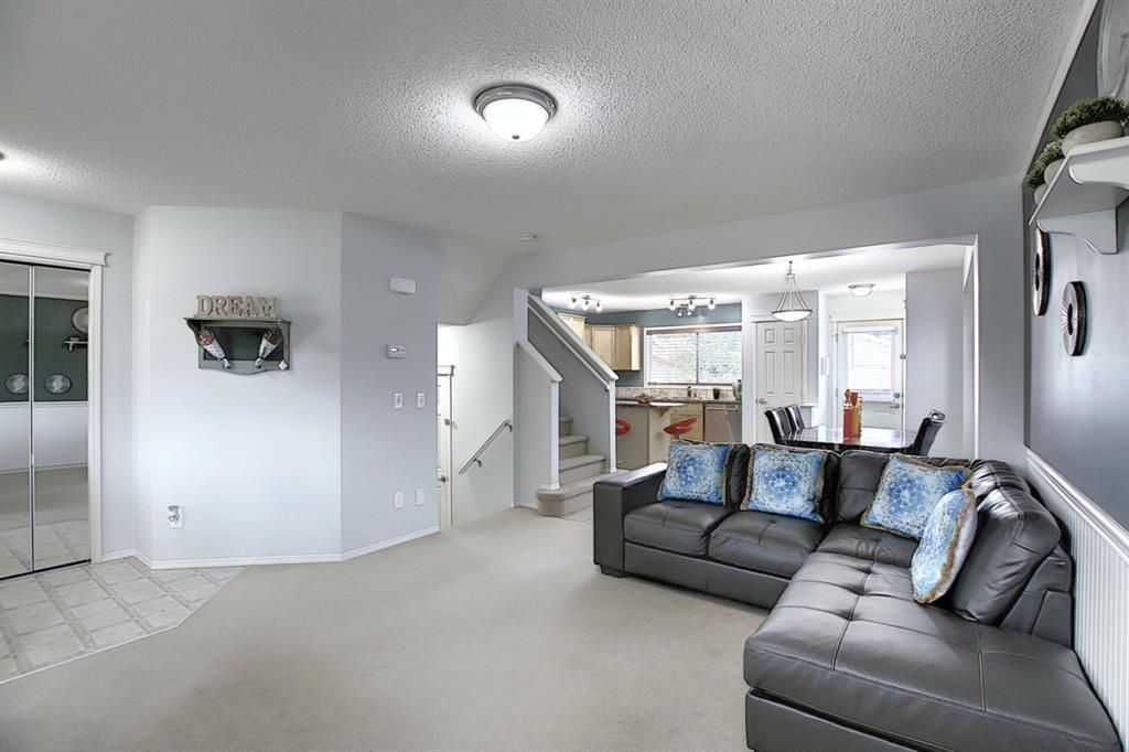 Photo 16: Photos: 646 EVERMEADOW Road SW in Calgary: Evergreen Detached for sale : MLS®# A1023171