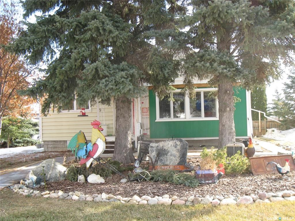 Main Photo: 309 1st Street East in Kyle: Residential for sale : MLS®# SK846189