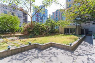 """Photo 15: 604 789 DRAKE Street in Vancouver: Downtown VW Condo for sale in """"CENTURY TOWER"""" (Vancouver West)  : MLS®# R2426940"""