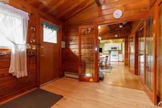 Photo 16: 6898 Woodward Dr in BRENTWOOD BAY: CS Brentwood Bay House for sale (Central Saanich)  : MLS®# 771146