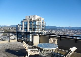 """Photo 3: 2003 11 E ROYAL Avenue in New Westminster: Fraserview NW Condo for sale in """"VICTORIA HILL HIGHRISE RESIDENCES"""" : MLS®# R2045382"""