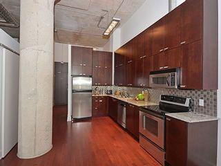 Photo 2: 637 Lake Shore Blvd W Unit #513 in Toronto: Niagara Condo for sale (Toronto C01)  : MLS®# C3574090