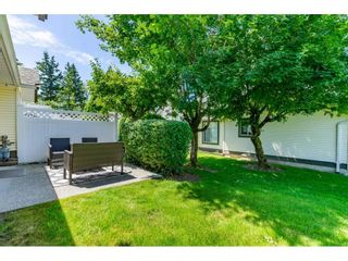 """Photo 29: 106 19649 53 Avenue in Langley: Langley City Townhouse for sale in """"Huntsfield Green"""" : MLS®# R2595915"""