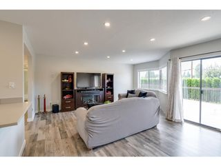 """Photo 5: 116 31955 OLD YALE Road in Abbotsford: Abbotsford West Condo for sale in """"Evergreen Village"""" : MLS®# R2620283"""