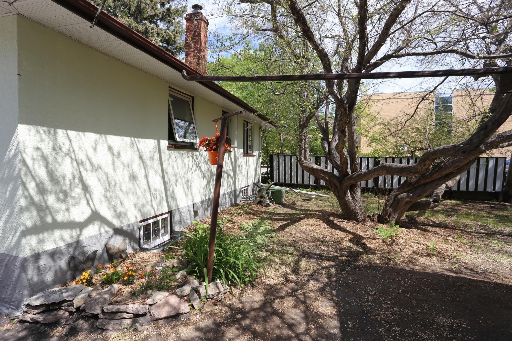 Photo 21: Photos: 290 McLeod Avenue in Winnipeg: North Kildonan Single Family Detached for sale (3F)  : MLS®# 1814938
