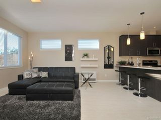 Photo 5: 3360 Crossbill Terr in Langford: La Happy Valley House for sale : MLS®# 718661