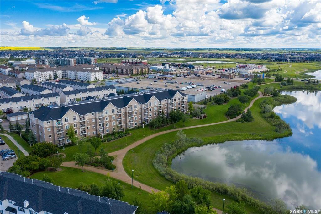 Main Photo: 414 235 Herold Terrace in Saskatoon: Lakewood S.C. Residential for sale : MLS®# SK870690