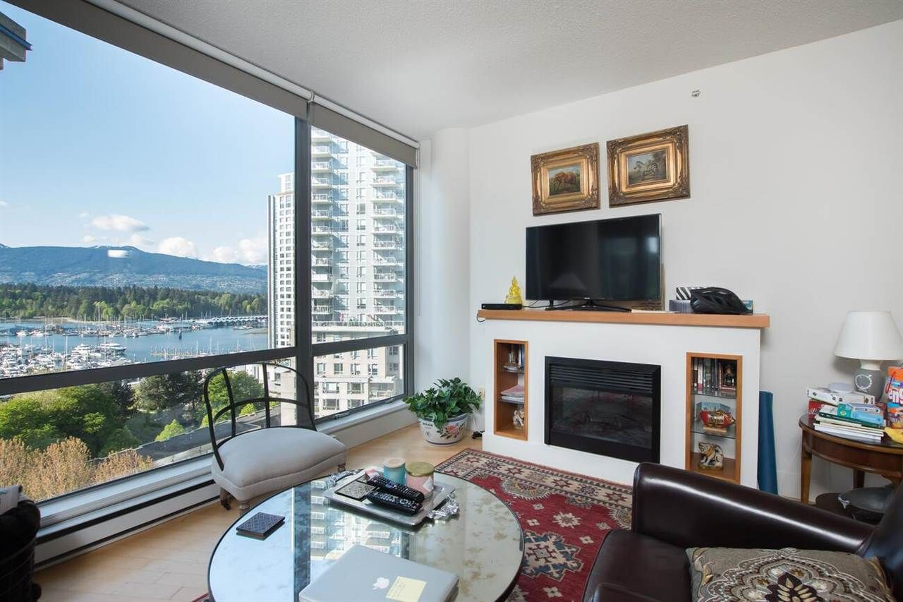 """Main Photo: 1004 1228 W HASTINGS Street in Vancouver: Coal Harbour Condo for sale in """"Palladio"""" (Vancouver West)  : MLS®# R2578006"""