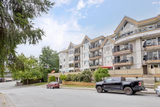 """Photo 2: 112 11595 FRASER Street in Maple Ridge: East Central Condo for sale in """"BRICKWOOD PLACE"""" : MLS®# R2611316"""