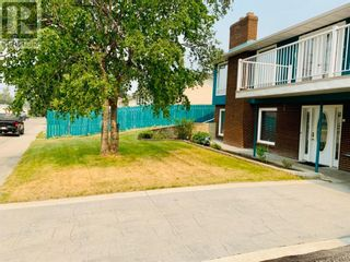 Photo 3: 142 Lodgepole Drive in Hinton: House for sale : MLS®# A1129926