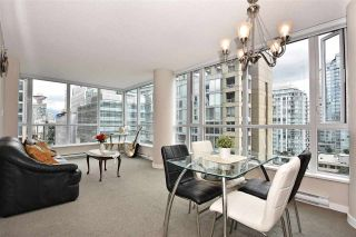 """Photo 8: 1003 833 SEYMOUR Street in Vancouver: Downtown VW Condo for sale in """"CAPITOL RESIDENCES"""" (Vancouver West)  : MLS®# R2098588"""