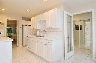 """Photo 8: 146 15550 26 Avenue in Surrey: King George Corridor Townhouse for sale in """"Sunnyside Gate"""" (South Surrey White Rock)  : MLS®# R2029140"""