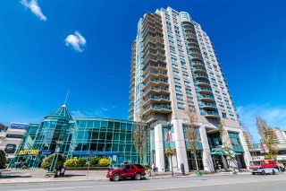 """Photo 20: 701 612 SIXTH Street in New Westminster: Uptown NW Condo for sale in """"THE WOODWARD"""" : MLS®# R2390390"""