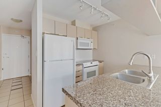 "Photo 8: 810 1082 SEYMOUR Street in Vancouver: Downtown VW Condo for sale in ""FREESIA"" (Vancouver West)  : MLS®# R2512604"
