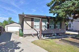 Main Photo: 24 Berkley Rise NW in Calgary: Beddington Heights Detached for sale : MLS®# A1137163