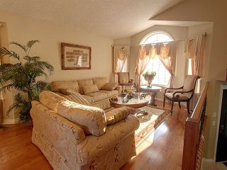 Photo 8: 13016 141C Avenue NW in Edmonton: Zone 27 House for sale : MLS®# E4228393