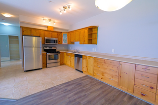 Photo 6: 103 2100 Boucherie Road in West Kelowna: Lakeview Heights House for sale : MLS®# 10105400