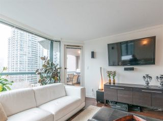 """Photo 8: 501 888 HAMILTON Street in Vancouver: Downtown VW Condo for sale in """"ROSEDALE GARDEN"""" (Vancouver West)  : MLS®# R2518975"""