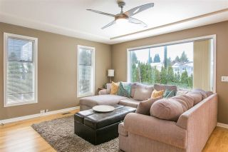 Photo 2: 1530 COMO LAKE Avenue in Coquitlam: Central Coquitlam House for sale : MLS®# R2138414