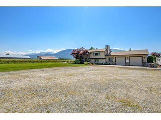 Photo 2: 41706 KEITH WILSON Road in Chilliwack: Greendale Chilliwack House for sale (Sardis)  : MLS®# R2581052