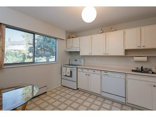 """Photo 6: 33 11551 KINGFISHER Drive in Richmond: Westwind Townhouse for sale in """"WEST CHELSEA/WESTWIND"""" : MLS®# V1044115"""