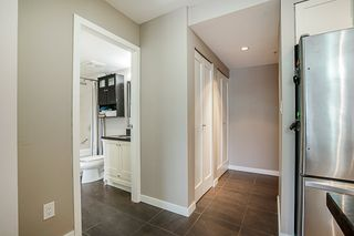 """Photo 20: 808 1 RENAISSANCE Square in New Westminster: Quay Condo for sale in """"THE 'Q'"""" : MLS®# R2521364"""