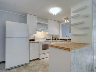 Photo 7: 20 2615 Otter Point Rd in Sooke: Sk Otter Point Manufactured Home for sale : MLS®# 887991