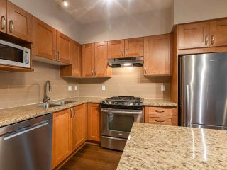 "Photo 4: 307 2601 WHITELEY Court in North Vancouver: Lynn Valley Condo for sale in ""BRANCHES"" : MLS®# R2542449"