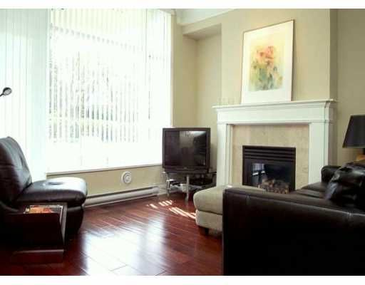 """Main Photo: 102 4759 VALLEY DR in Vancouver: Quilchena Condo for sale in """"MARGUERITE II"""" (Vancouver West)  : MLS®# V584713"""
