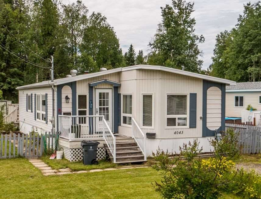 "Main Photo: 4043 ESTAVILLA Drive in Prince George: Emerald Manufactured Home for sale in ""EMERAL"" (PG City North (Zone 73))  : MLS®# R2094202"