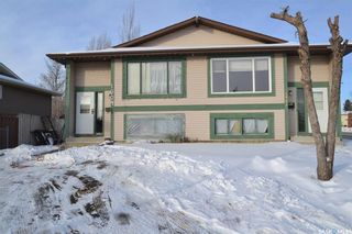 Photo 1: 1902 1904 Mckercher Drive in Saskatoon: Lakeview SA Residential for sale : MLS®# SK712048