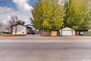 Photo 32: 2 Gray Avenue in Saskatoon: Forest Grove Residential for sale : MLS®# SK859432