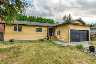 Photo 3: 15020 94A Avenue in Surrey: Fleetwood Tynehead House for sale : MLS®# R2493086