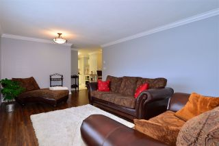 "Photo 4: 104 1378 GEORGE Street: White Rock Condo for sale in ""FRANKLIN PLACE"" (South Surrey White Rock)  : MLS®# R2371327"