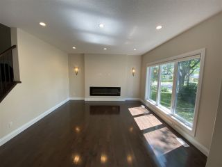 Photo 2: 11212 73 Avenue in Edmonton: Zone 15 House for sale : MLS®# E4228101