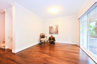 """Photo 4: 1119 ST. ANDREWS Avenue in North Vancouver: Central Lonsdale Townhouse for sale in """"St. Andrews Gardens"""" : MLS®# R2605968"""