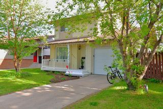 Photo 3: 8207 Ranchview Drive NW in Calgary: Ranchlands Detached for sale : MLS®# A1115978