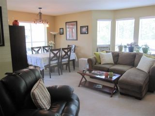 """Photo 2: 35 12296 224 Street in Maple Ridge: East Central Townhouse for sale in """"The Colonial"""" : MLS®# R2367727"""
