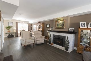 """Photo 2: 35 32361 MCRAE Avenue in Mission: Mission BC Townhouse for sale in """"SPENCER ESTATES"""" : MLS®# R2113767"""