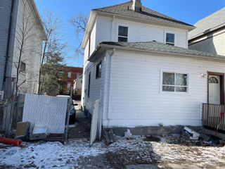 Photo 3: 405 Alfred Avenue in Winnipeg: North End Residential for sale (4A)  : MLS®# 202121646
