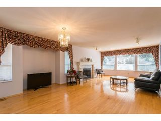 Photo 5: 1907 MORGAN Avenue in Port Coquitlam: Lower Mary Hill House for sale : MLS®# R2514003