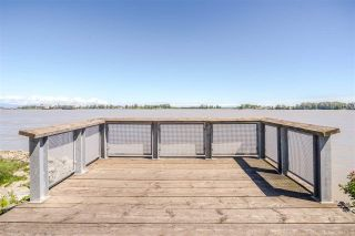 "Photo 8: 103 14200 RIVERPORT Way in Richmond: East Richmond Condo for sale in ""WATERSTONE PIER"" : MLS®# R2530786"