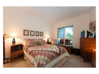 """Photo 5: 108 6198 ASH Street in Vancouver: Oakridge VW Condo for sale in """"THE GROVE"""" (Vancouver West)  : MLS®# V843824"""