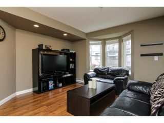 """Photo 12: 207 5488 198TH Street in Langley: Langley City Condo for sale in """"BROOKLYN WYND"""" : MLS®# F1436607"""
