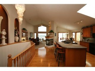 Photo 9: 315 GLENEAGLES View: Cochrane House for sale : MLS®# C4014401