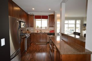 """Photo 3: 6 12311 NO 2 Road in Richmond: Steveston South Townhouse for sale in """"Fairwind"""" : MLS®# R2135138"""