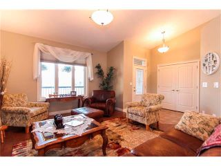 Photo 6: 24 Vermont Close: Olds House for sale : MLS®# C4027121