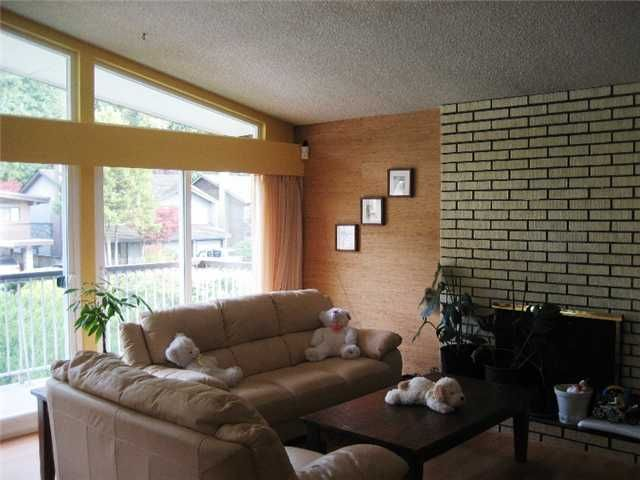 Photo 3: Photos: 2264 KING ALBERT Avenue in Coquitlam: Central Coquitlam House for sale : MLS®# V855990
